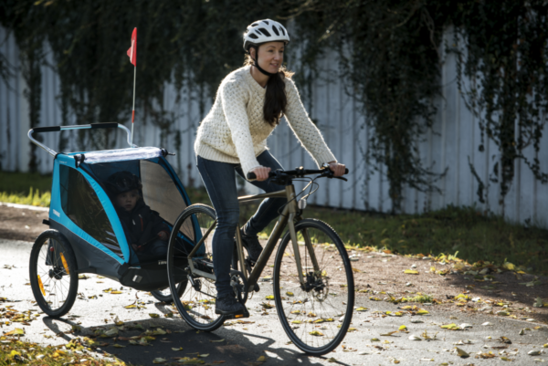 Thule Coaster XT - Remorque vélo enfant Balade - Tête à Casque