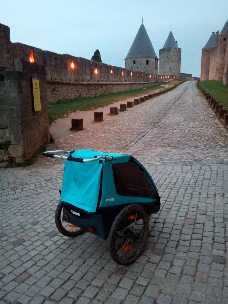 canal du midi en famille : cité de carcassonne
