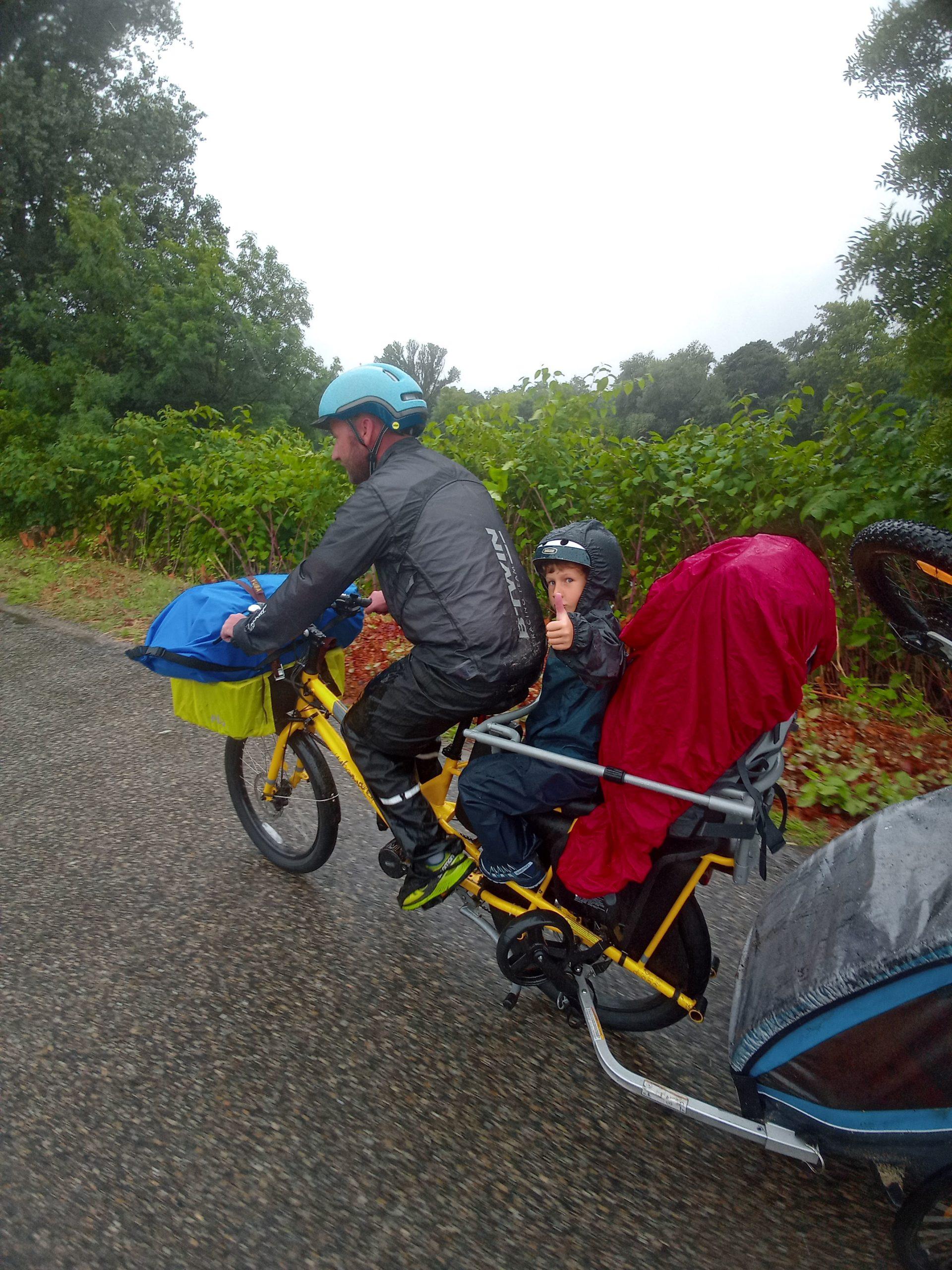 Dolce Via en famille à vélo - sous la pluie 2